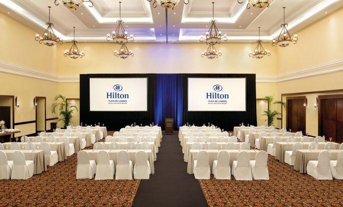 https://assets.hiltonstatic.com/hilton-asset-cache/image/upload/t_MODx%20- Thumb/t_MODx - Thumb/v1585051054/Imagery/Property%20Photography/Hilton%20Hotels%20and%20Resorts/C/CZMPCHH/CZMPC_Meeting_Classroom_4.jpg