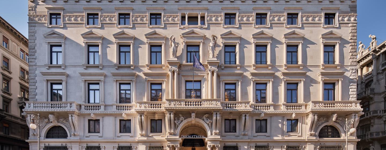https://assets.hiltonstatic.com/image/upload/t_MODx%20- Mobile Masthead/t_MODx - Masthead Mobile/v1602267815/Imagery/Property%20Photography/DoubleTree%20-%20International/T/TRSDTDI/DoubleTree_by_Hilton_Trieste_Facade.jpg